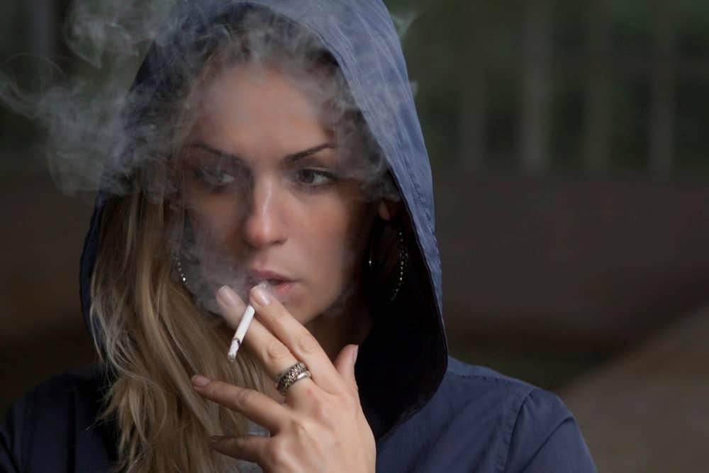 Smoking-and-gum-disease